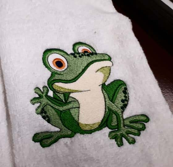 Machine Embroidery Designs Fanny Frog