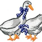 Two ducks free embroidery design
