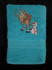 Embroidered towel with sven and olaf design