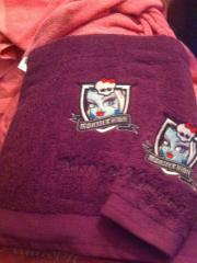 Embroidered towel with Monster High design