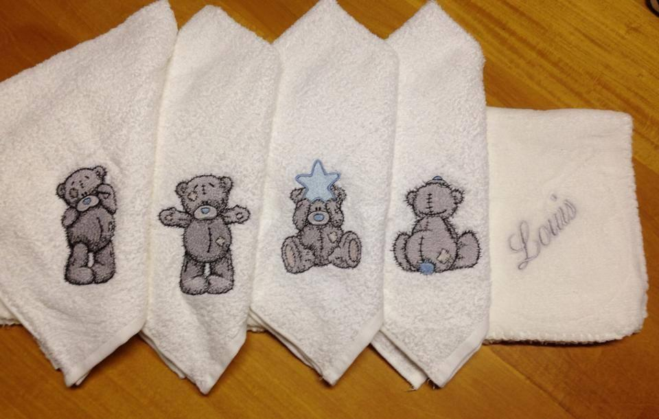 Napkins with Teddy Bear embroidery designs