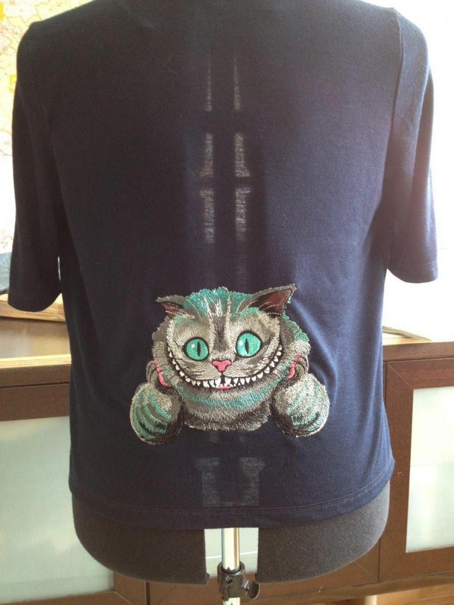 Embroidered t-shirt with Cheshire cat design