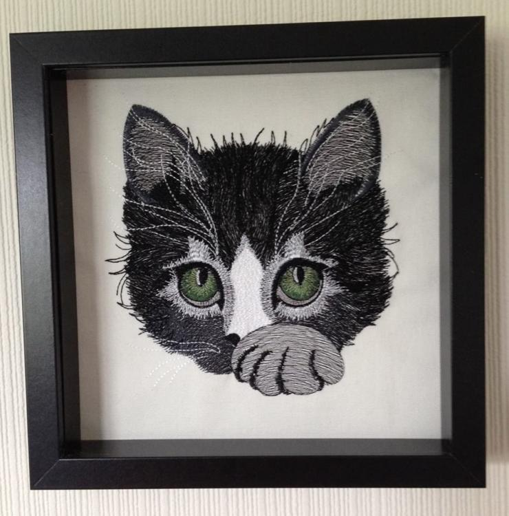 kitty_embroidery_design.jpg