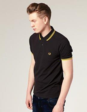 Men's shirt with the Fred Perry Logo
