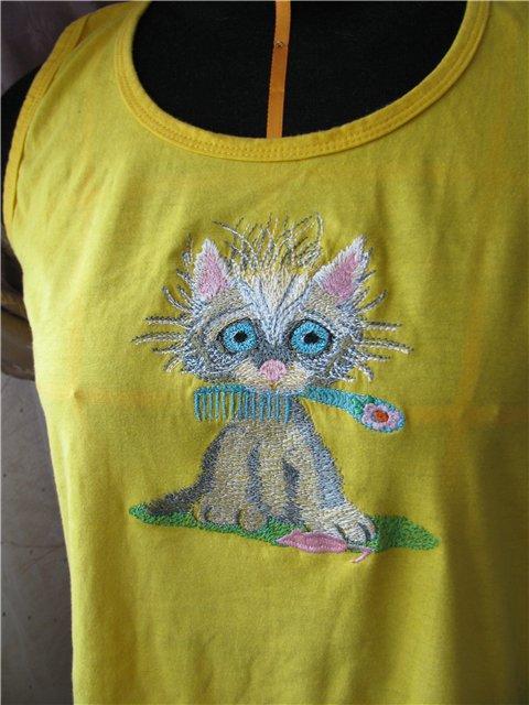 embroidered_t-shirt_kitten.jpg