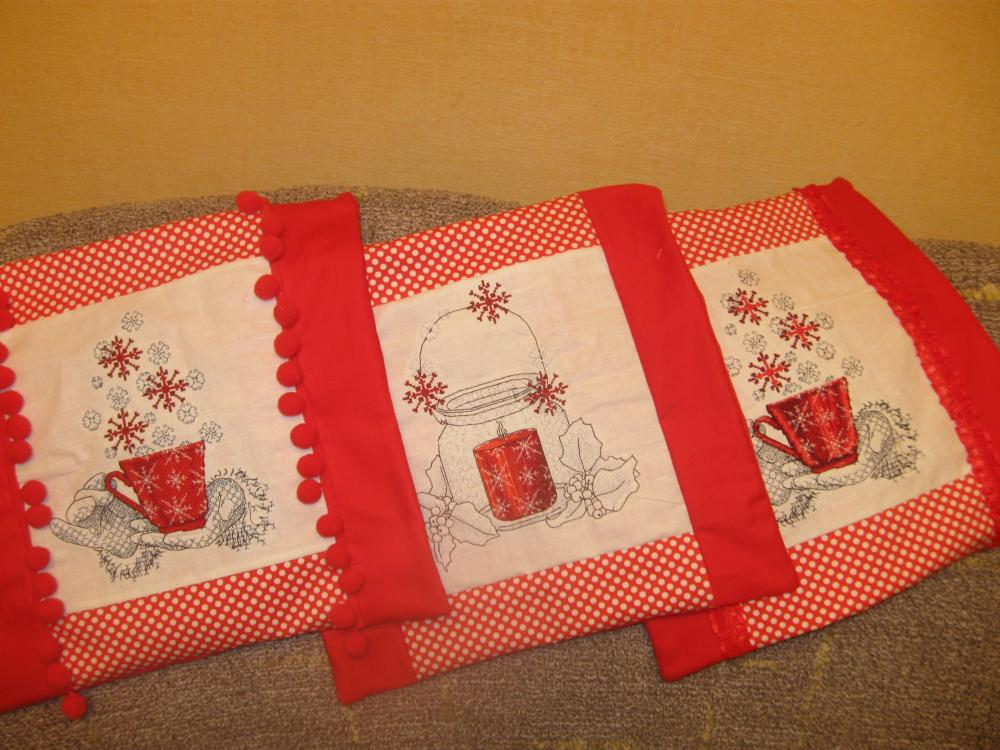 christmas_embroidered_napkins_with_free_
