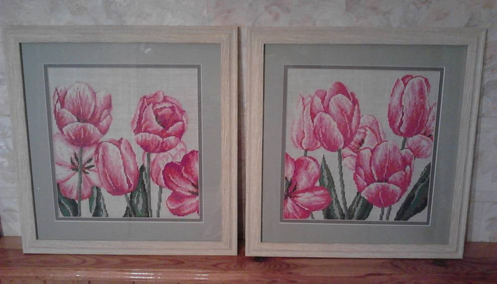 Embroidered tulips cross stitch