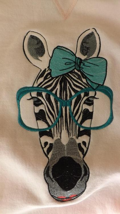 Zebra applique free embroidery design