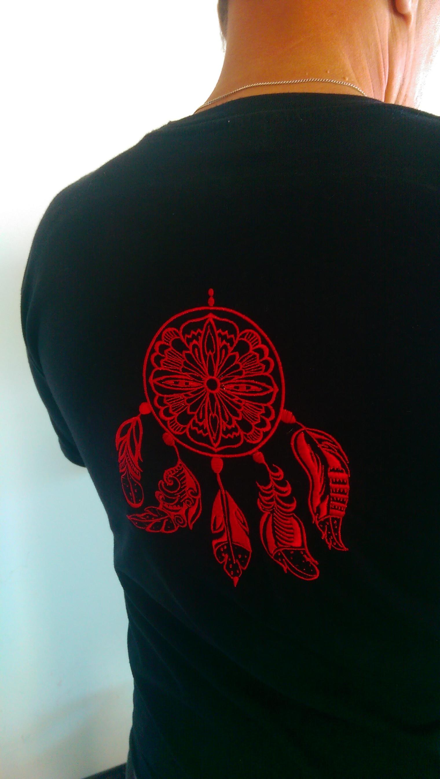 Man's t-shirt with Dreamcatcher embroidery design