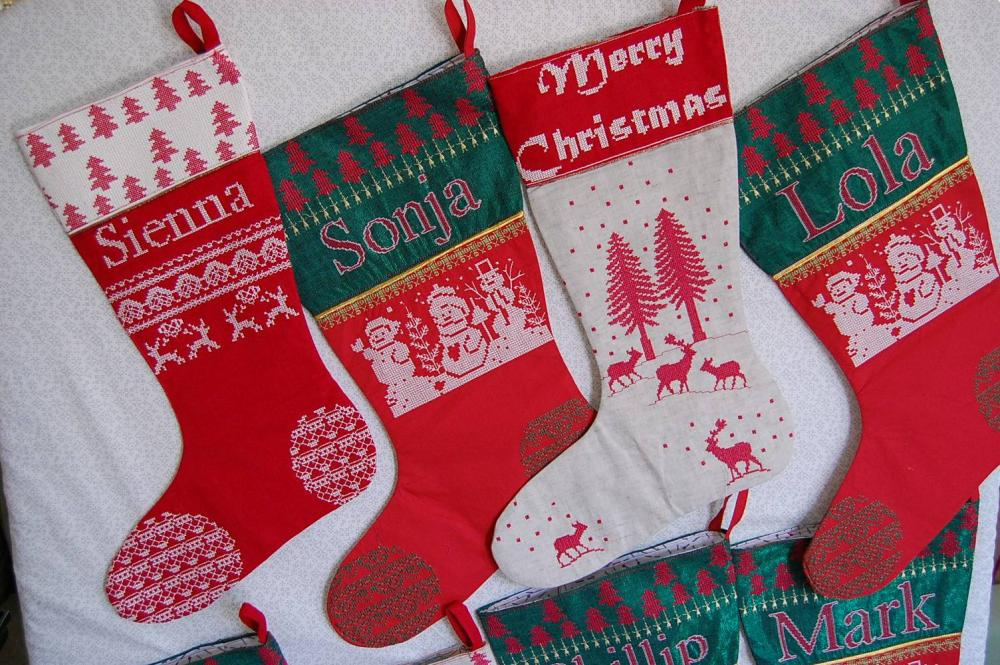 Christmas socks with deers free embroidery design