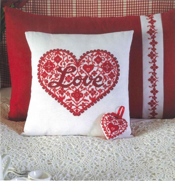 Romantic free embroidery design