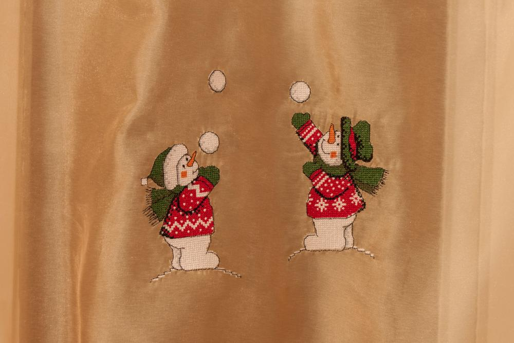 Snowman free embroidered design