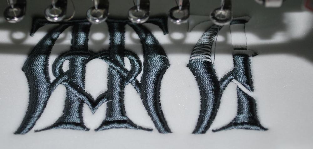 Underlay for 3D Monogram embroidery design