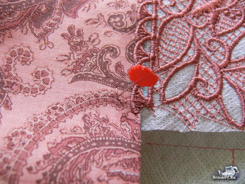 aligning-lace-07.jpg.2a63cdbcaaa09f97bdb