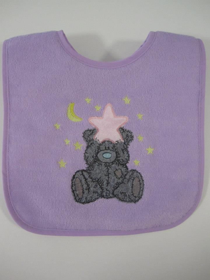 Babybib with Teddy bear embroidery design