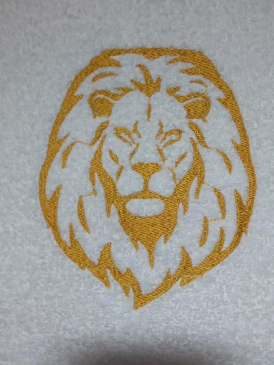 Embroidered lion free design