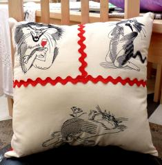 Embroidered crazy cats pillow with free designs