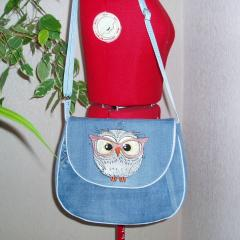 Woman's bag with Cute Owl embroidery design