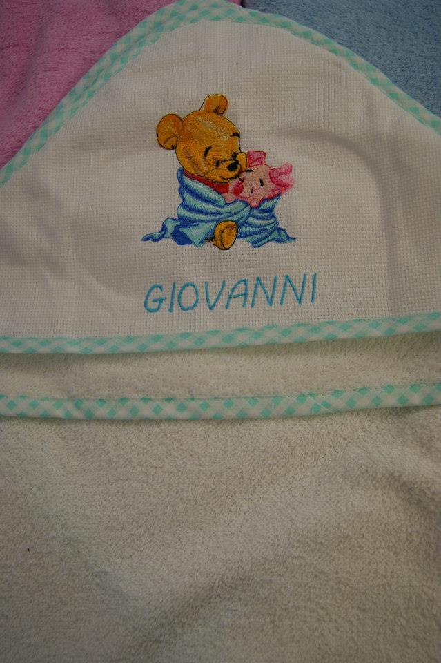 Newborn envelope with Baby Pooh and piglet embroidery design