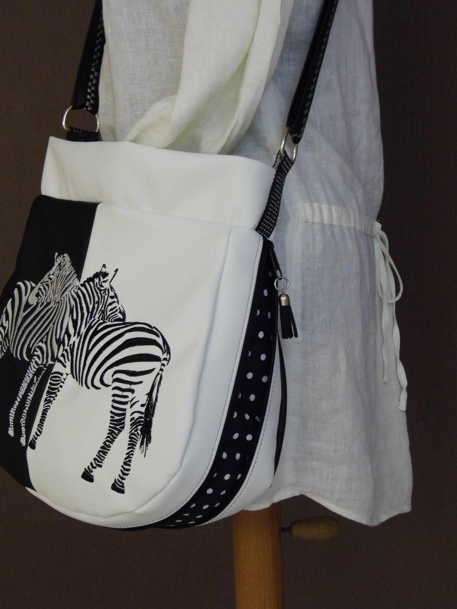 Zebra free machine embroidery for women's bag