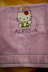 Bath towel with Hello Kitty Bee embroidery design