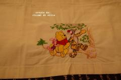 Winnie Pooh and Tigger talking embroidery design