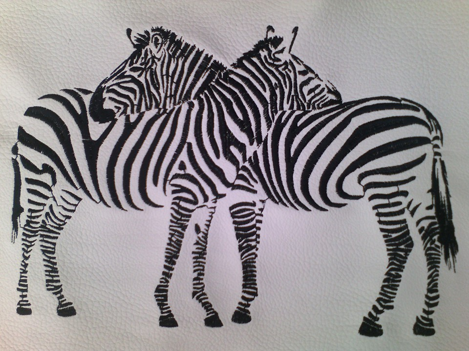 two zebra free embrodiery design