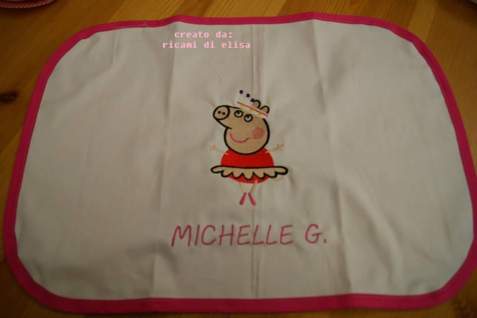Napkin with Peppa pig ballerina embroidery design