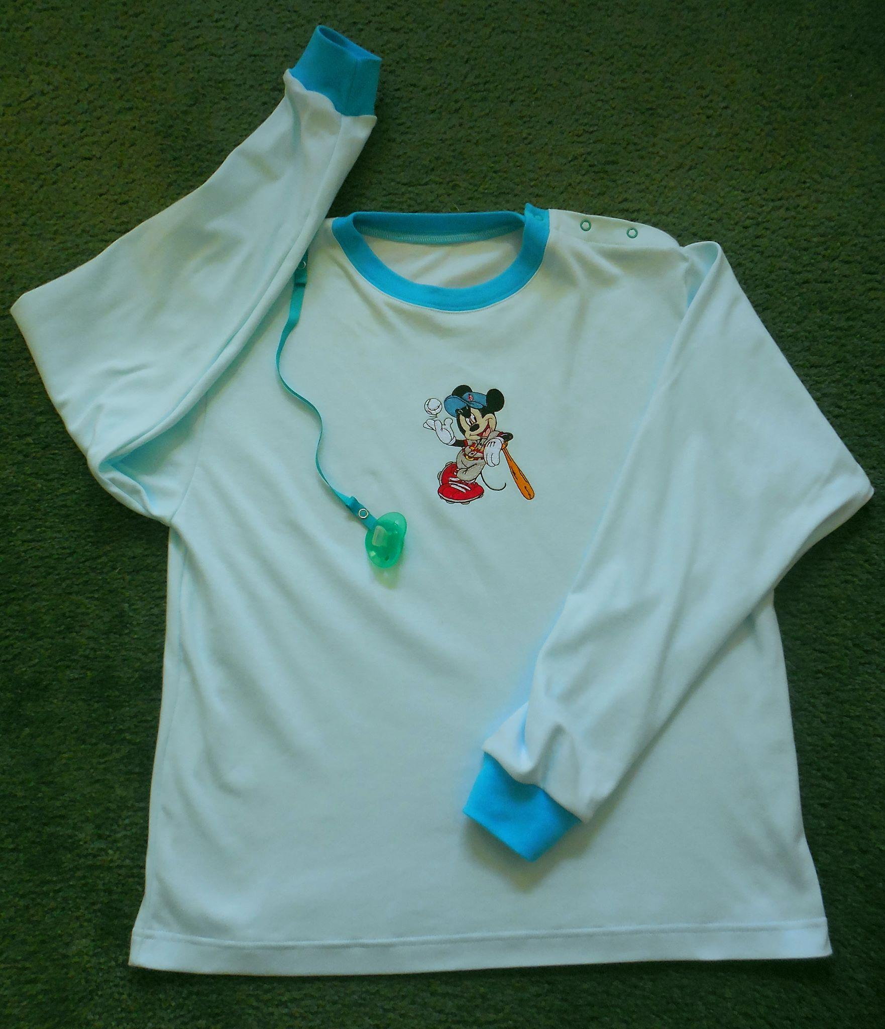 Shirt with Mickey Mouse playing baseball embroidery design