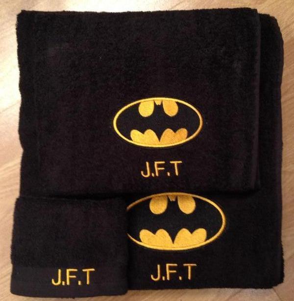 Bath set with Batman logo embroidery design