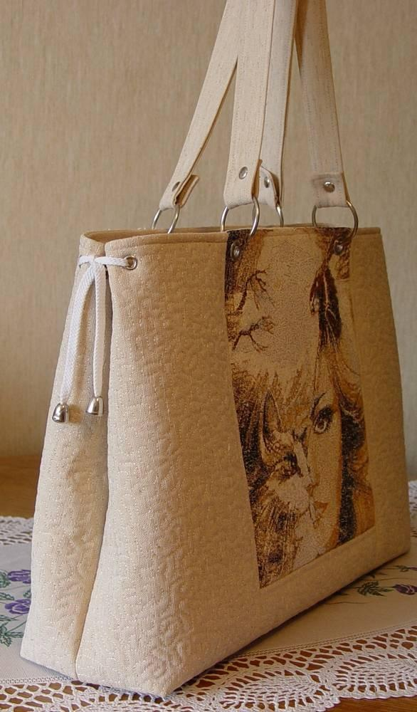 Bag with woman photo stitch free embroidery design