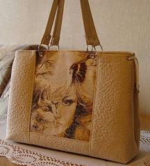 Woman bag with free embroidery design
