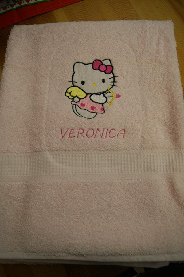Napkins with Hello Kitty Cupid embroidery design