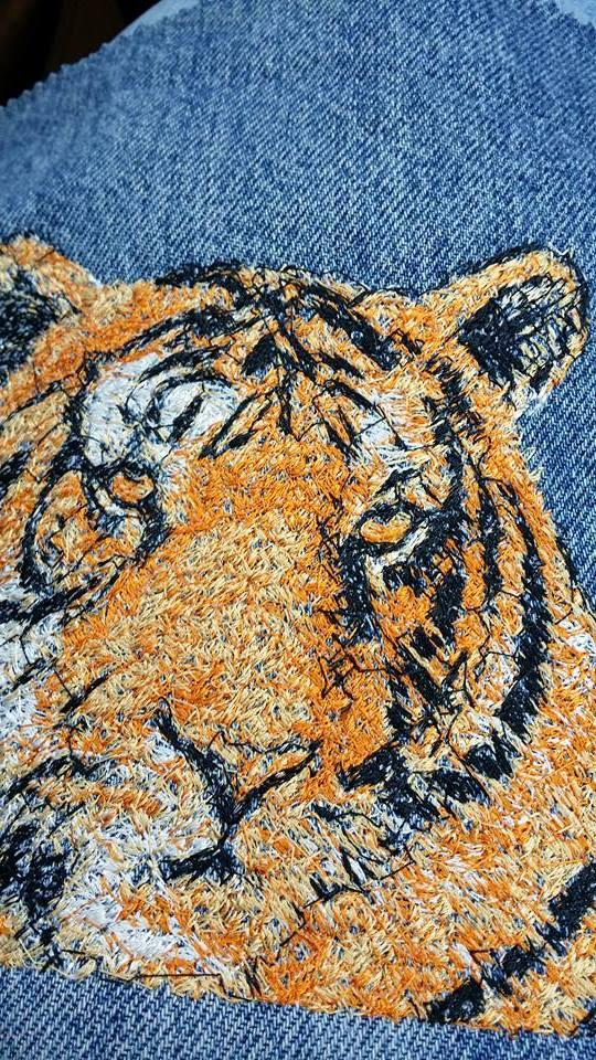 Tiger photo stitch free embroidery