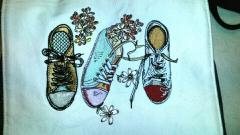 Bag with Gumshoes embroidery design