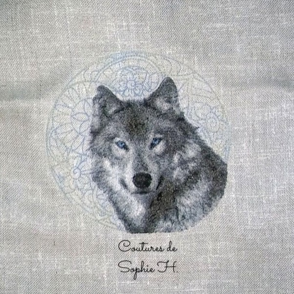 Wolf free embroidery design