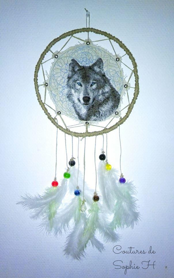 dreamcatcher drawing wolf enbroidery stich photo