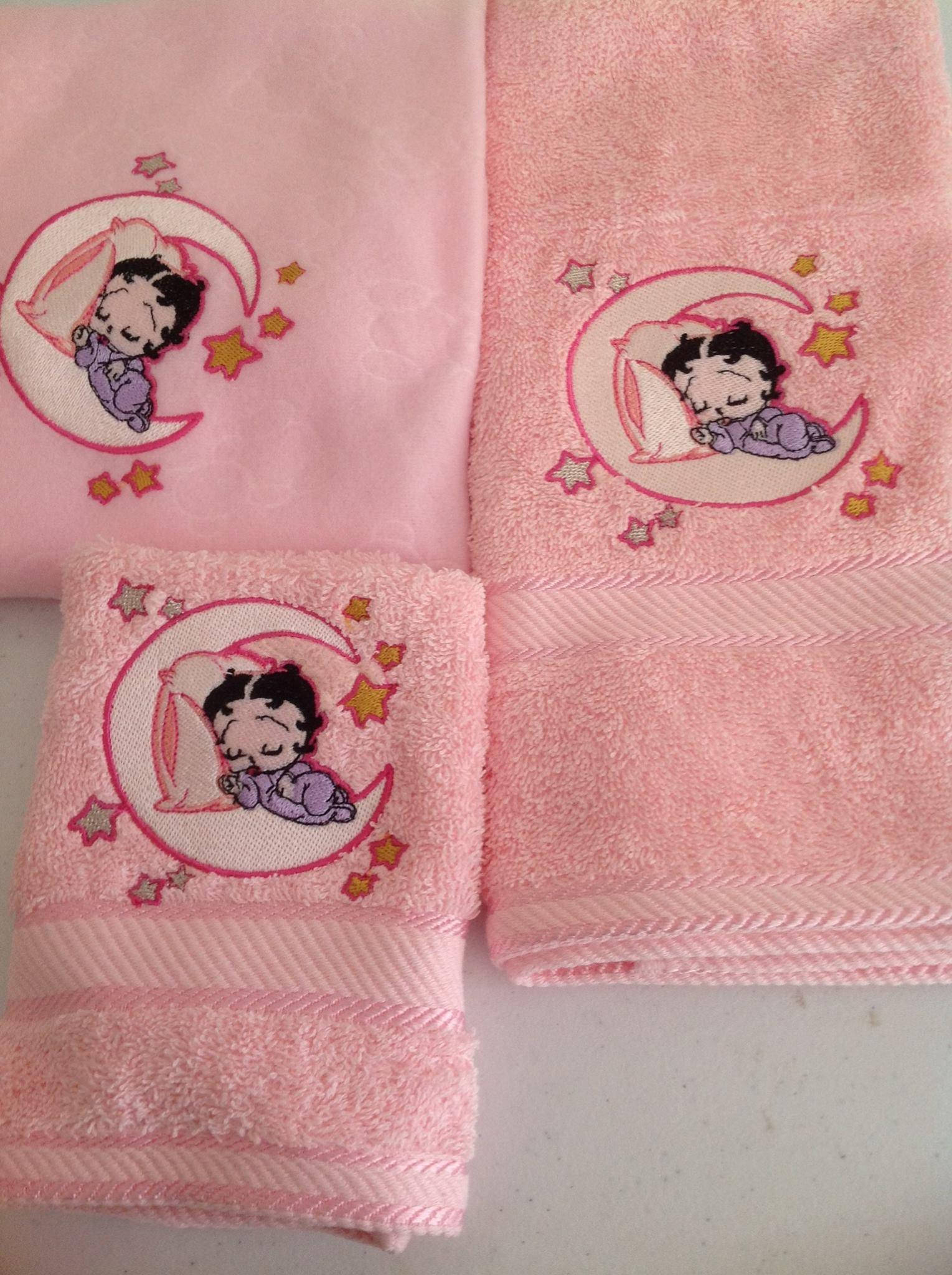 Baby set with Betty sleeping on the Moon  embroidery design