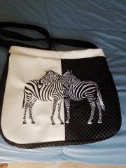 Bag embroidered with two zebra free design