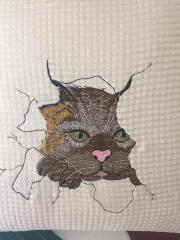 Embroidered towel with angry cat free design 2