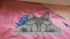 Hidden cat cross stitch free embroidery design