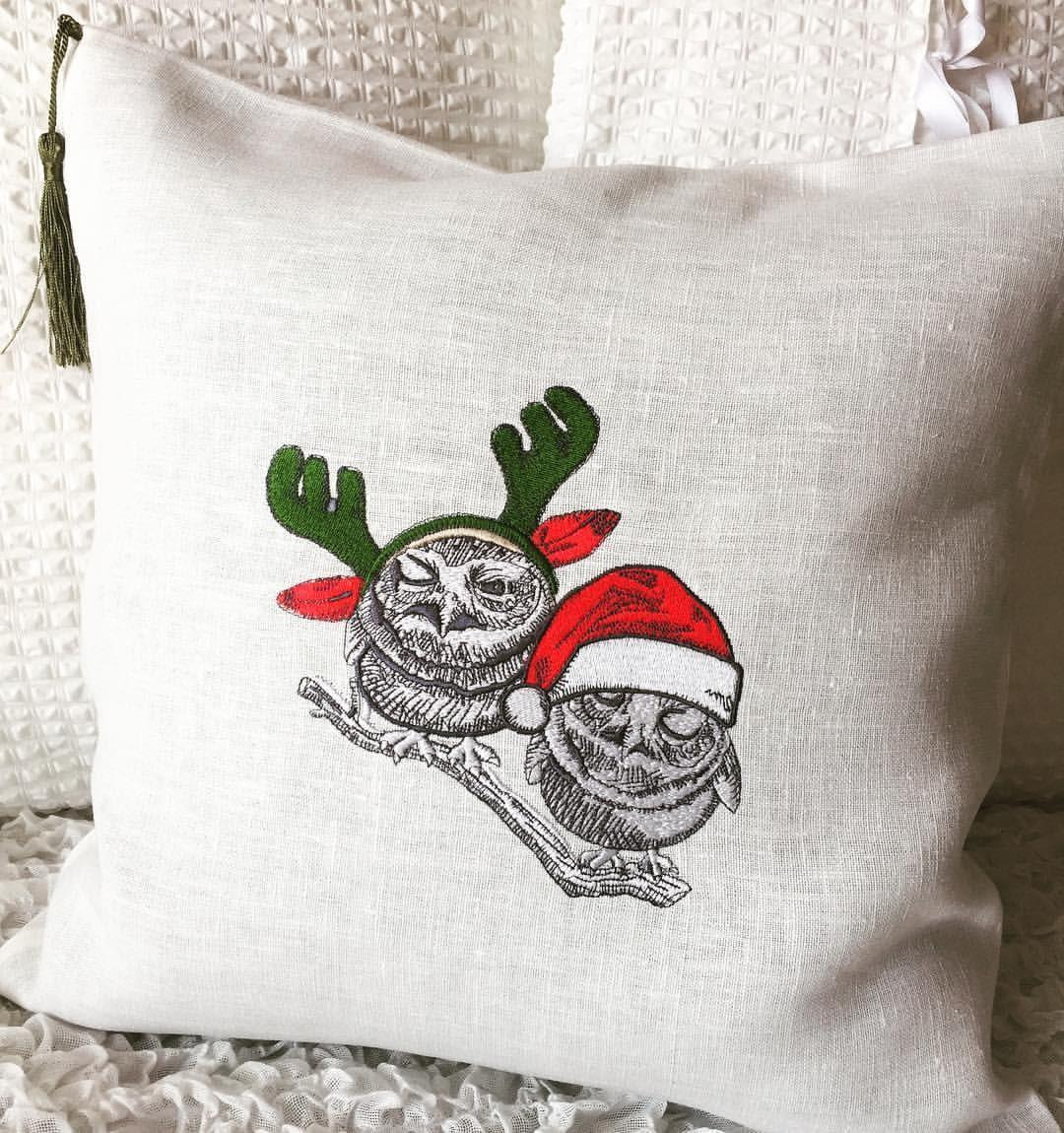 Cushion with Christmas owls embroidery design
