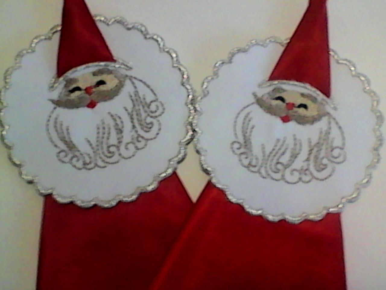 Two Santas free embroidery design