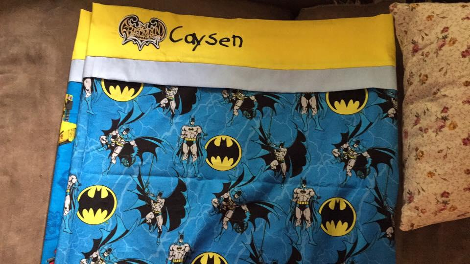 Quilt with Batman modern logo embroidery design