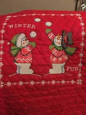 Snowball game cross stitch free embroidery design