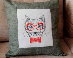 Cat in glasses machine embroidery design
