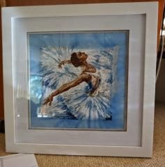 Framed ballerina photo stitch free embroidery