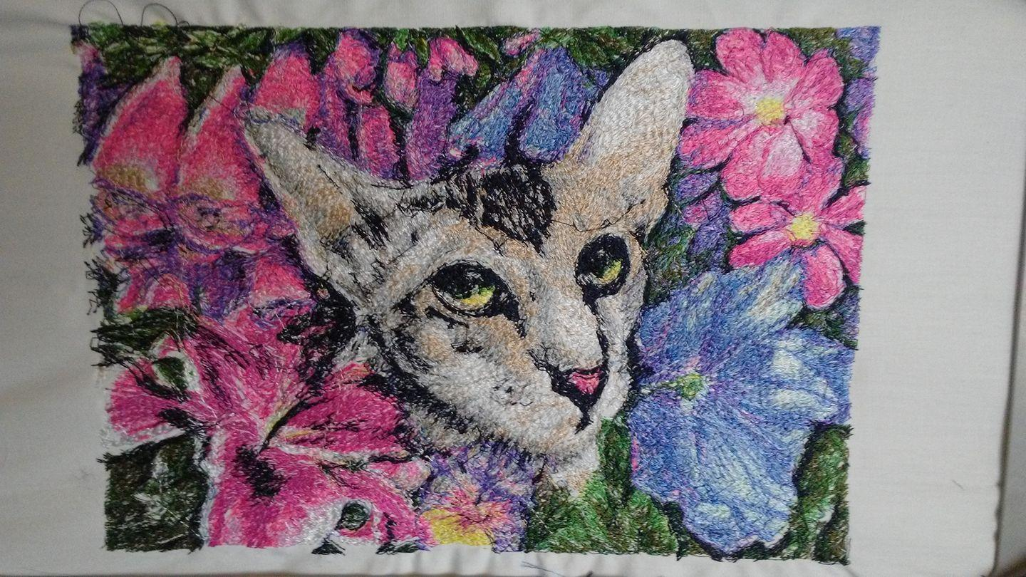 Cat in flower photo stitch free embroidery design