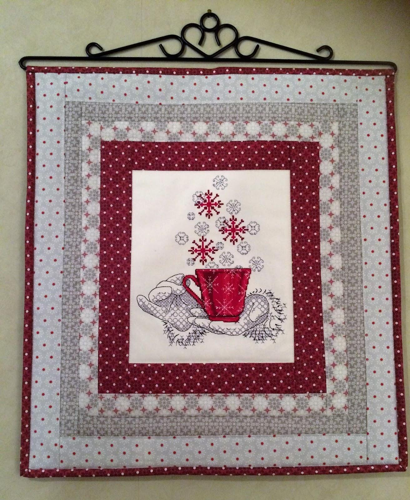 Christmas wall carpet cross stitch free embroidery design