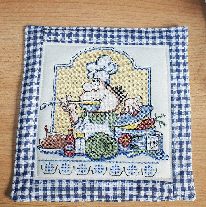 Hot pad with Chef free machine embroidery